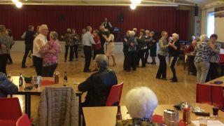 Seniorendansmiddag in Buurtcentrum Moesel
