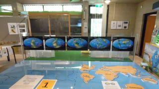 schuivende continenten veroorzaken aardbevingen
