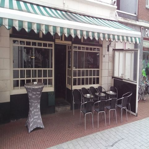Café Two Jack's